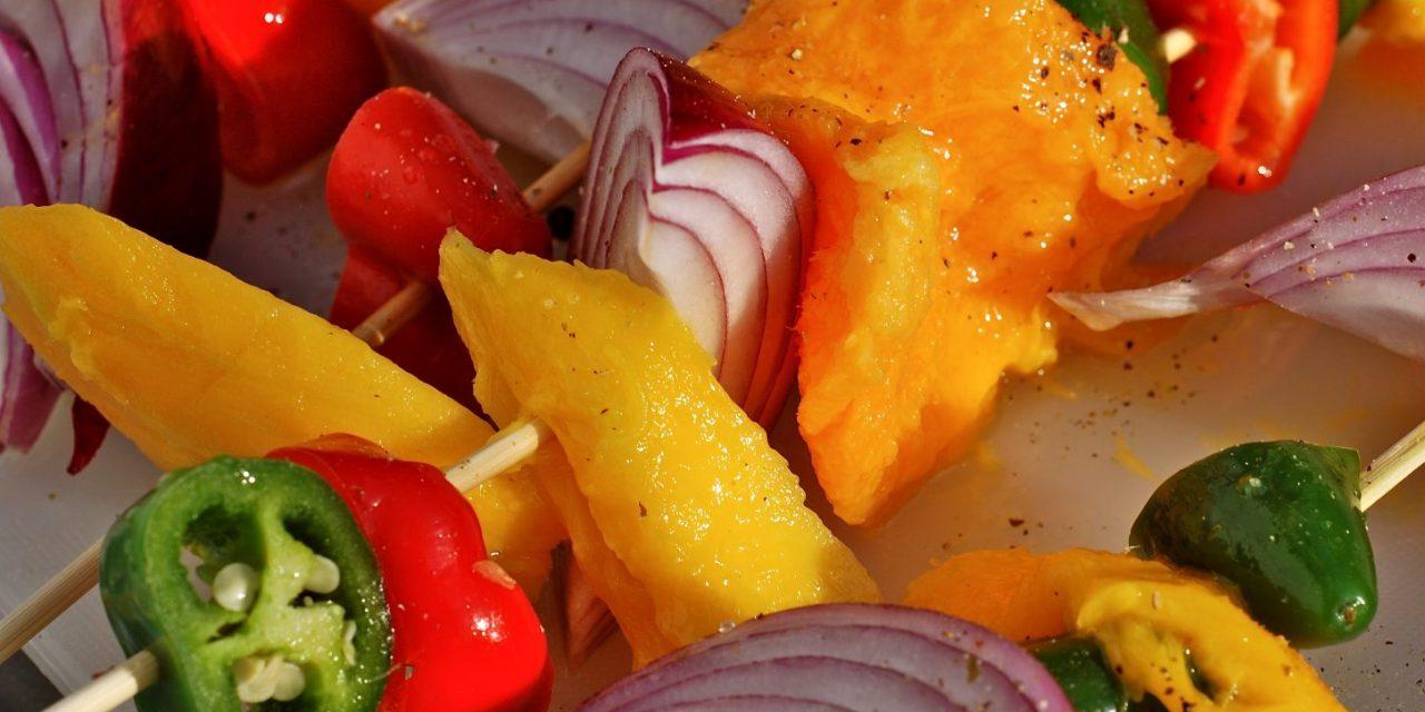 Salsa Skewers = Grilled Mango, Pepper and Avocado Salsa