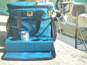 The cooler cube is great for tailgating and taking on the boat. It also happens to come in my favorite color- teal!