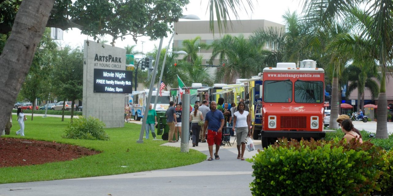 Miami Food Trucks Come to Hollywood, FL, plus, The Food Truck Tracker App