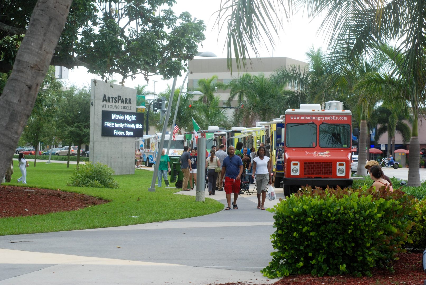 Miami Food Trucks Come To Hollywood Fl Plus The Food