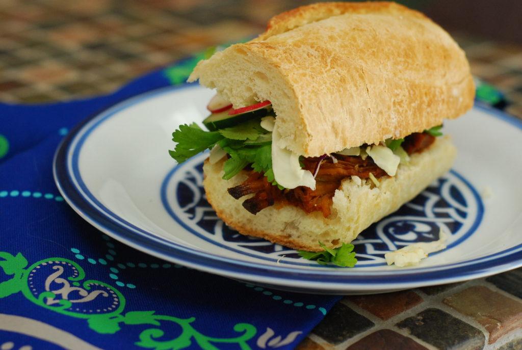 Pulled Pork Bahn Mi, Vietnamese Bahn Mi Sandwich, Bahn Mi Sandwich
