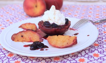 Grilled Peaches And Cream With Blueberries