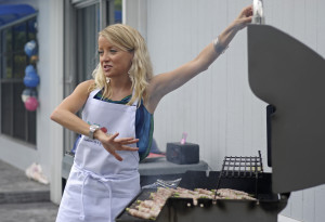 Grill Girl Robyn Lindars