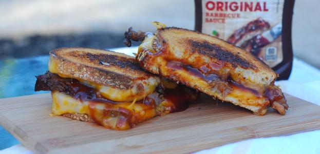 brisket grilled cheese_kraft bbq sauce