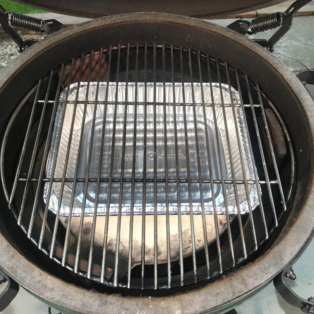 grill girl, big green egg, conveegtor