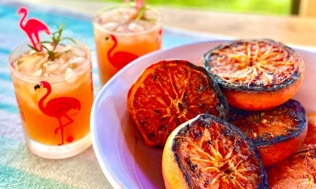 Grilled Grapefruit Paloma (Tequila and Grapefruit Cocktail)